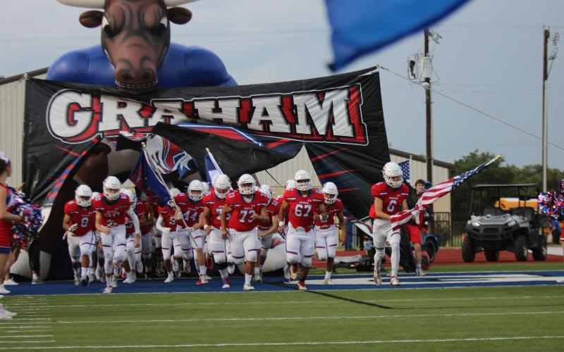 Graham Steers take the field on Sept. 20 to face the Decatur Eagles. The Steers fell to 2-2 and losing 56-42.